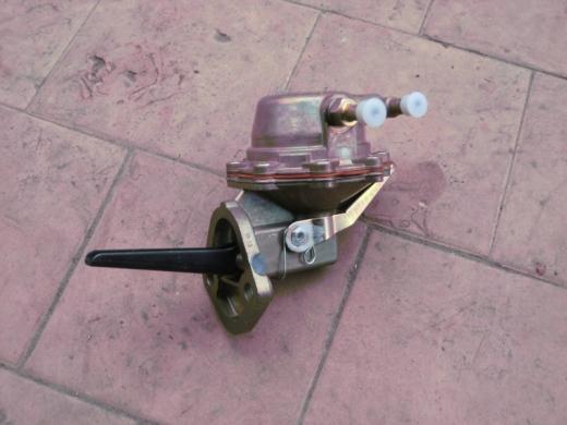 Насос топливный ГАЗ-3302 дв.406 (Пекар Спб) 901-1106010-21-01