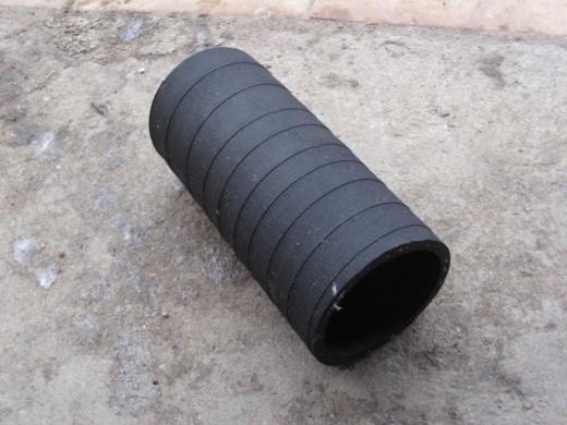 Патрубок радиатора нижний